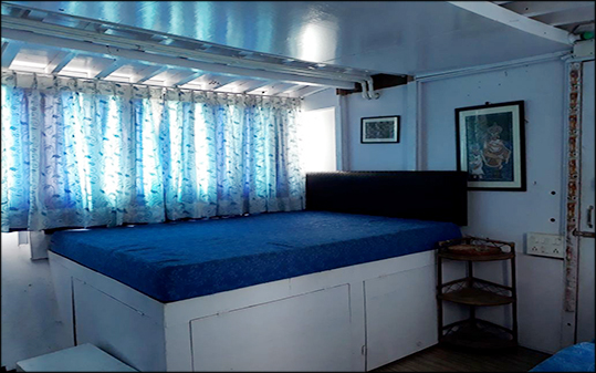 Sundarban houseboat interior